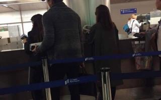 Mới đi Indonesia về chưa lâu vợ chồng Kim Tae Hee lại bị bắt gặp ở Mỹ