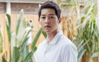 Rộ tin Song Joong Ki hẹn hò với nữ luật sư sau 1 năm ly hôn Song Hye Kyo