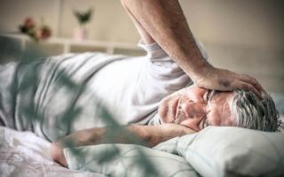 Sáng sớm ngủ dậy nếu thấy 3 triệu chứng này xuất hiện thì coi chừng đột quỵ tấn công