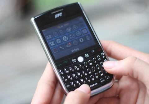 Cái kết của điện thoại bàn phím QWERTY tại Việt Nam