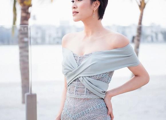 Cựu mẫu Phương Mai cắt phăng mái tóc dài, trở về style tóc tém cá tính